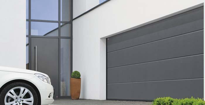 Porte de garage basculante sectionnelle ou enroulable for Choisir sa porte de garage