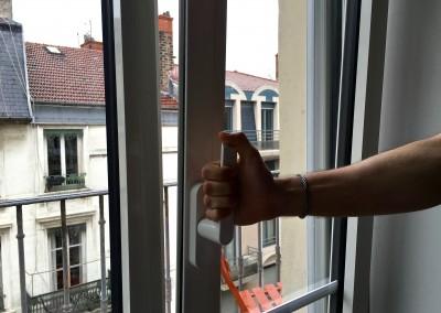 Fenêtre oscillo-battante : une facilité au quotidien